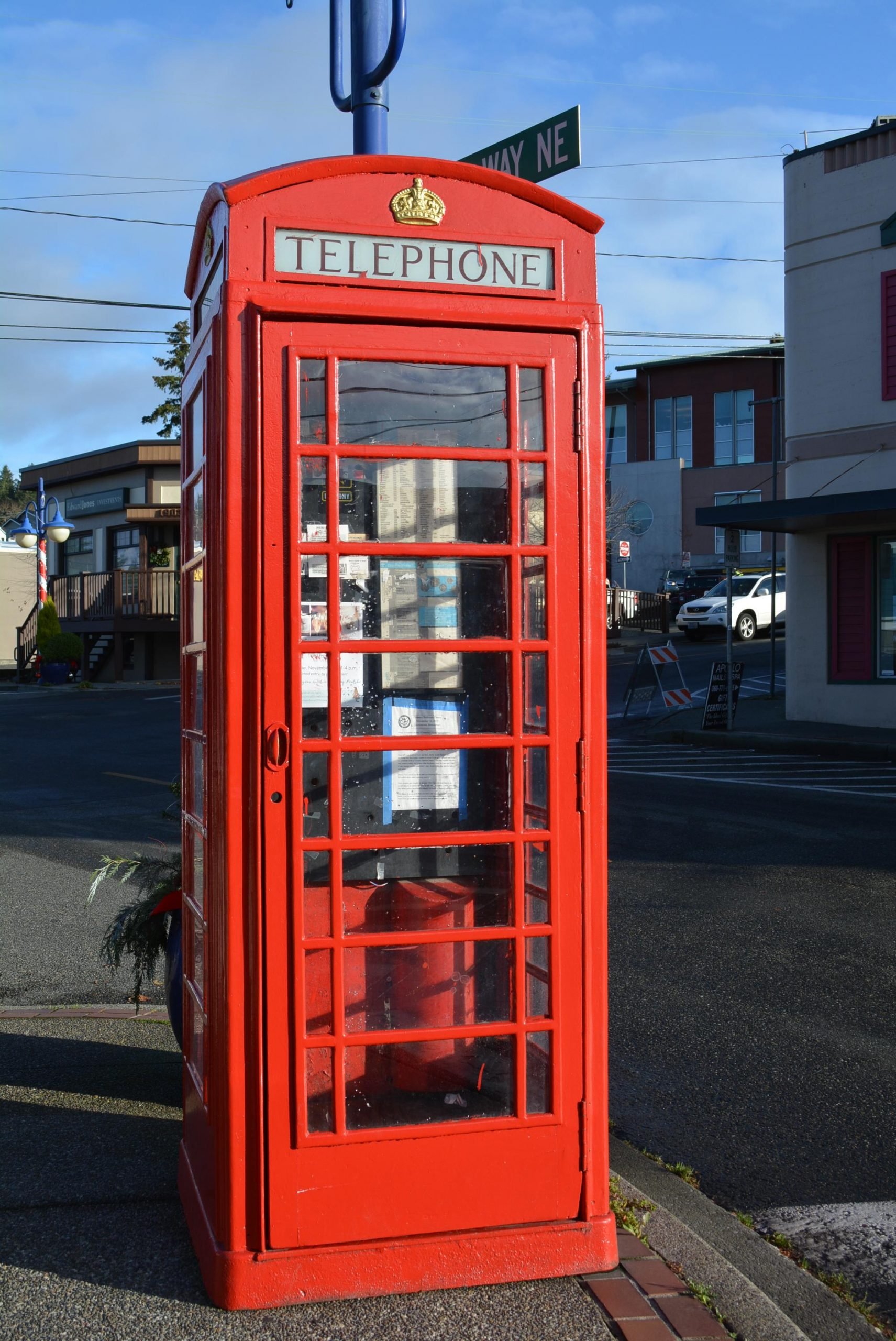 Poulsbo red British phone booth