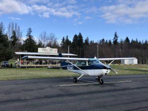 Spruce Goose Cafe & Cessna airplane